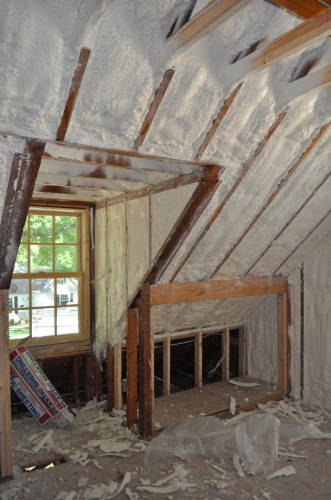 Bedroom 1 - Insulation (2)
