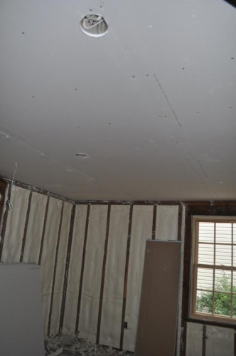 Downstairs Bedroom - Ceiling Sheet Rock