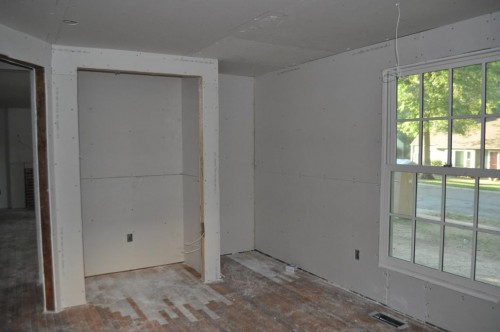 Downstairs Bedroom - Sheetrock