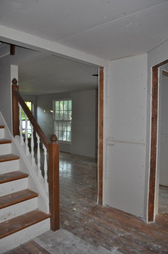 Downstairs Hallway - Sheetrock (2)