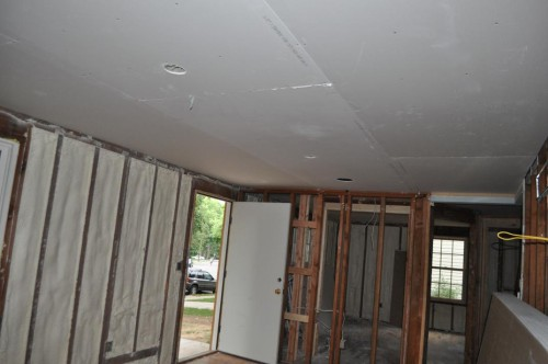 Living Room - Ceiling Sheet Rock (2)