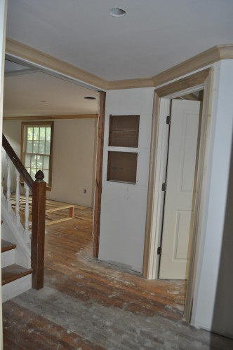 Downstairs Hallway Trim (2)