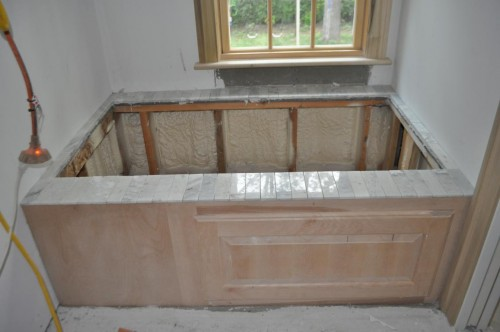 Master Bathroom Tub (2)