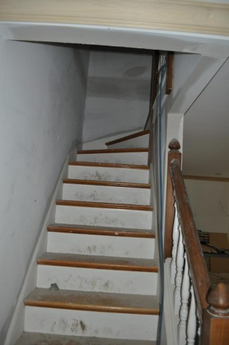 Upstairs Hallway - No Chair Rail