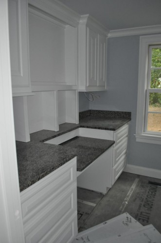 Laundry Room - Countertops