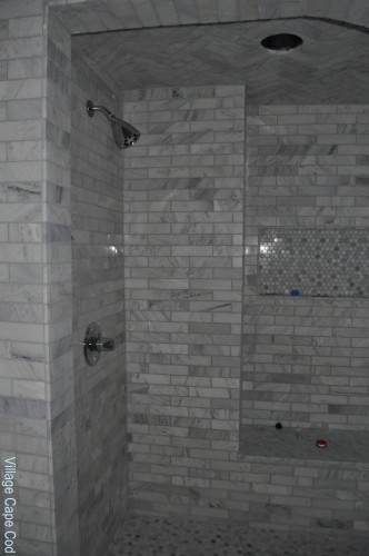Master Bathroom - Hardware (3)