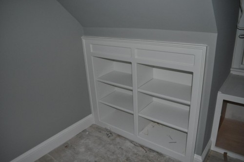 Upstairs Hallway - Bookcase Shelving