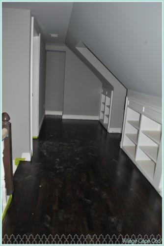 Upstairs Hallway - Hardwoods (1)